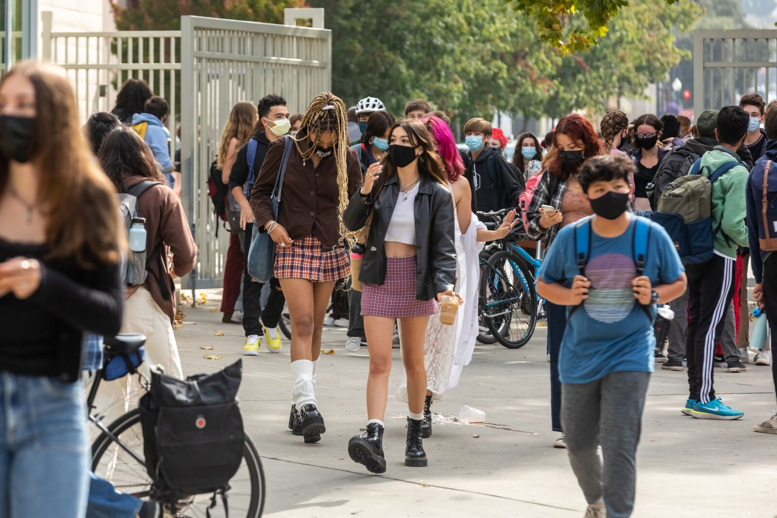 Berkeley High School students arrive on campus on August 16, 2021. Credit: Kelly Sullivan
