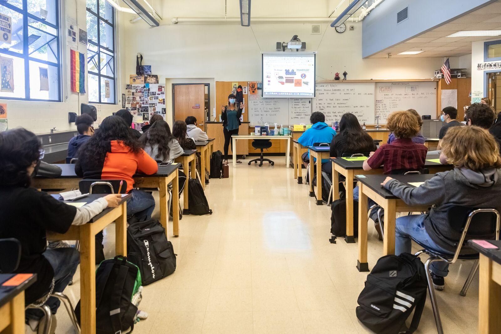 Berkeley High School science instructor Devon Brewer teaches class on August 16, 2021. Credit: Kelly Sullivan