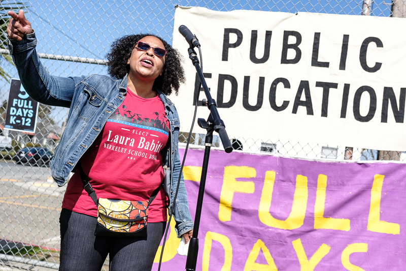 Berkeley parents protest oustide BUSD heaquarters and march to Longfellow Middle School to ask the district to allow students back to public school.