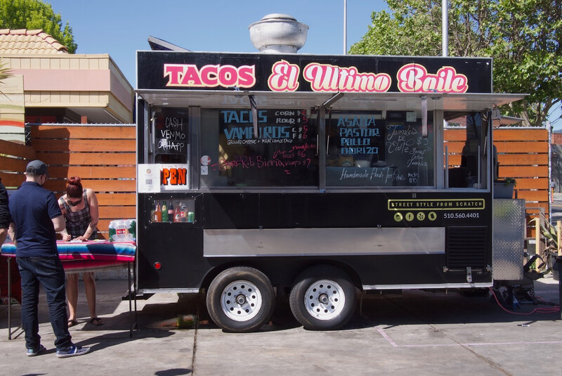 Tacos El Ultimo Baile parked at Temescal Brewing on a Sunday afternoon.